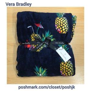 NWT Vera Bradley Plush Throw Blanket Toucan Party